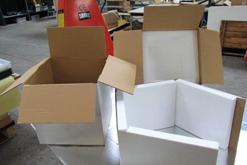 Découpe assemblage emballage carton & mousse
